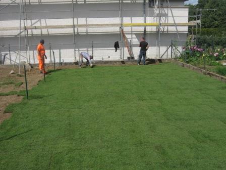 Nouvelles perspectives emploi s rl entretiens espaces for Espace vert emploi